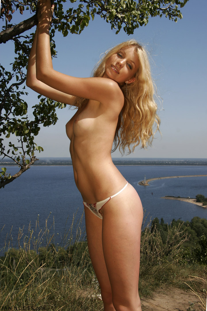 Nude Teen Italian Young Girl
